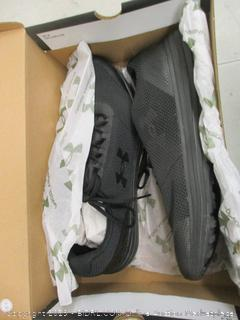 Black Tennis Shoes - 11.5