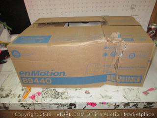 enMotion Roll Towels