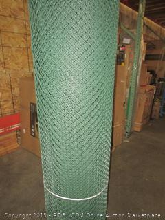 64313308 , 6.7' X 100', Green (Retail $385.00)