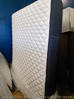 Beautyrest Platinum Chambers Bridge Extra Firm Tight-Top Mattress California King (Retail $3700)