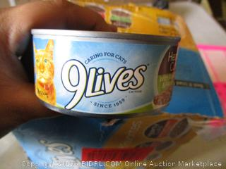 9Lives canned cat food