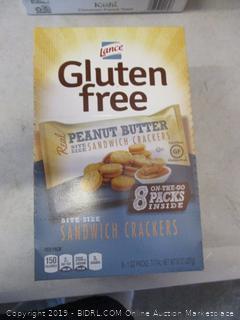 gluten free peanut butter sandwich crackers snacks
