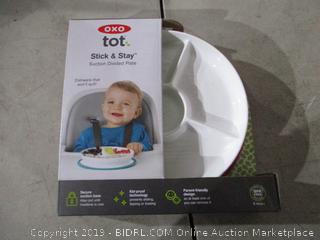 tot Stick & Stay Suction Divided Plate