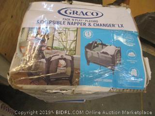 Graco Reversible Napper & Changer