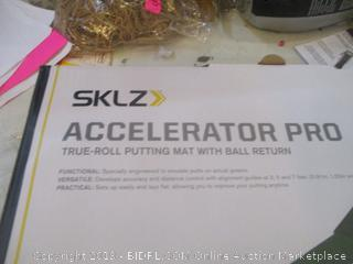 SKLZ Accelerator Pro True Roll Putting Mat with Ball Return