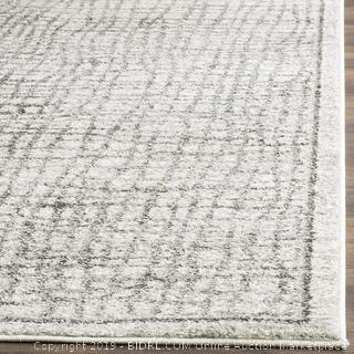 Silver and Ivory Modern Distressed Area Rug (3' x 5')