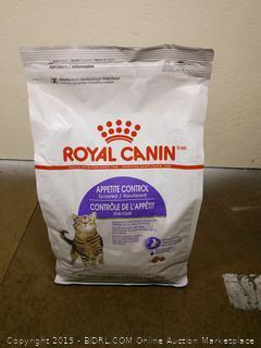 Royal Canin Cat Food.
