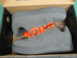 Heelys Tennis Shoes - 8