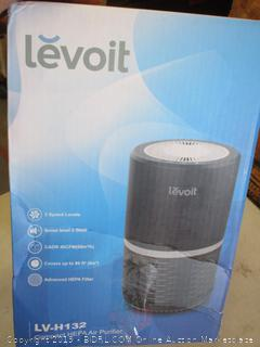 LEVOIT COMPACT HEPA AIR PURIFIER (POWERS ON)