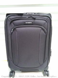 """Samsonite Lineate Expandable Softside Carry On 20"""" (online $164)"""