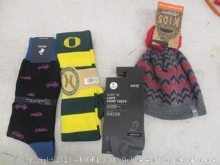 Hat & Socks