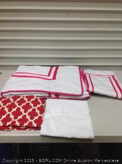Toddler Bedding Set, Red (online $56)