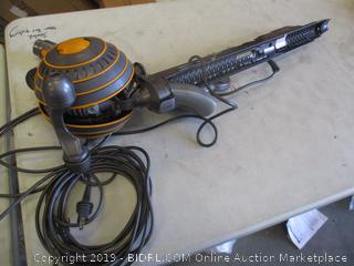 DYSON BALL VACUUM (POWERS ON)