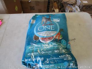 PURINA ONE ADULT CAT FOOD