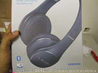 Samsung Level Wireless Noise Canceling Headphones