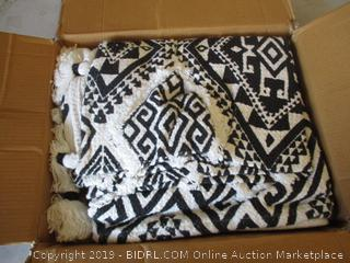 PATTERNED BLANKET