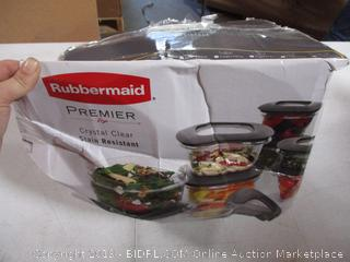 Rubbermaid Premier Crystal Clear Stain Resistant Containers