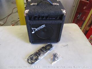 DONNER BASS GUITAR AMPLIFIER (POWERS ON)