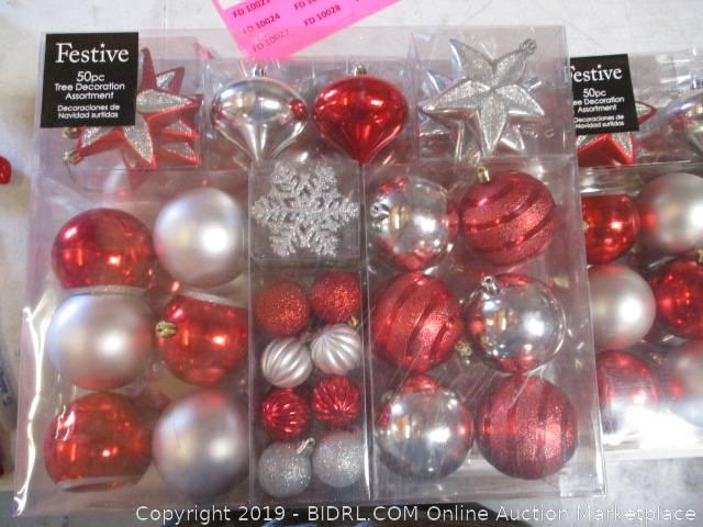 Bidrl Com Online Auction Marketplace Auction Bulk Christmas