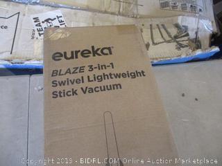 EUREKA BLAZE SWIVEL LIGHTWEIGHT STICK VACUUM