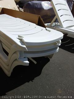 White Alison Sun Lounger Set Chairs (Damaged)
