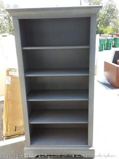 Appleby standard bookcase(Corner Dented)