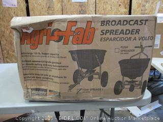 Broadcast Spreader (Box Damaged) (Please Preview)