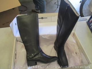 Boots 5.5 M