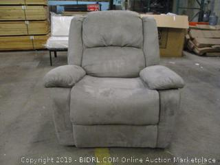 Recliner damaged see pictures