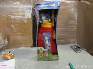 Deluxe Golf Set (Box Damaged)