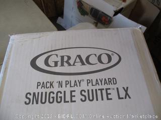Graco Pack N Play Snuggle Suite LX