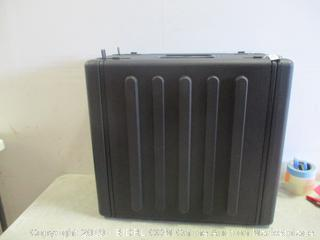 6 Space Roto Mold Rack Rail Case