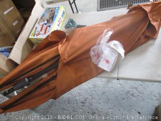 Umbrella with solar light / missing bottom pole
