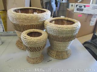 Decorative Baskets / Planters