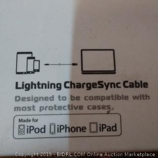 Spark Lightning Charge Synnc Cable