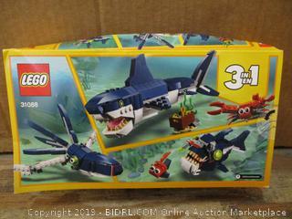 Lego Creator box damage