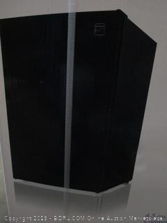 Kenmore 99059 Compact Mini Refrigerator, 4.5 cu. ft. in Black (Retail $179.00)