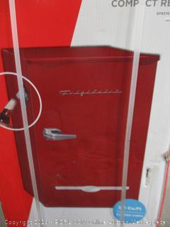 iGloo fr376-red Retro Bar Refrigerator with Side Bottle Opener, 3.2 Cu. Ft 3.2 red