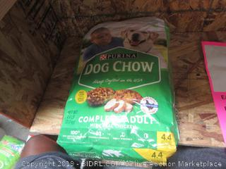 Purina Dog Chow Complete Adult with Real Chicken