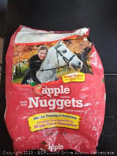 Manna Pro Apple flavor nuggets horse treats