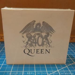Queen Deluxe Editions of Queen's Classic Albums  See Pictures