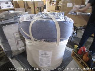 Bee & Willow King Comforter bedding
