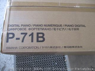 Yamaha Digital Piano  See Pictures Powers On
