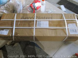 Aero Plates Stand for Medium Frame Performers