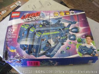 Lego The Lego Movie box damage