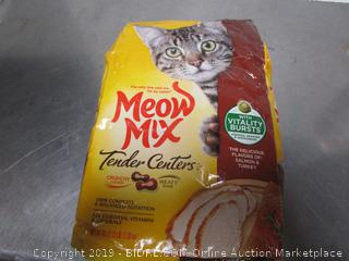 Meow Mix Tender Centers Cat Food