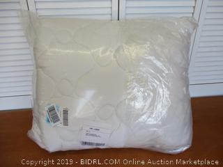 eLuxurySupply Rayon From Bamboo Extra Thick Mattress Pad with Fitted Skirt - Extra Plush Cooling Topper - Hypoallergenic, King Size (Retail $135)