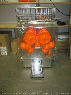 automatic orange juicer - powers on