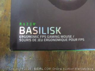 Razer basilisk Ergonmomic FPS Gaming Mouse factory Sealed