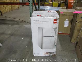 RCA 3.2 cu ft Refrigerator